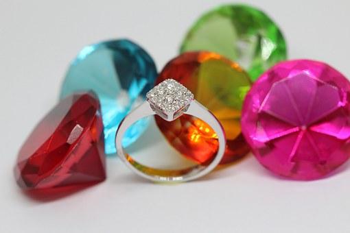 pierścionki złote z cyrkoniami